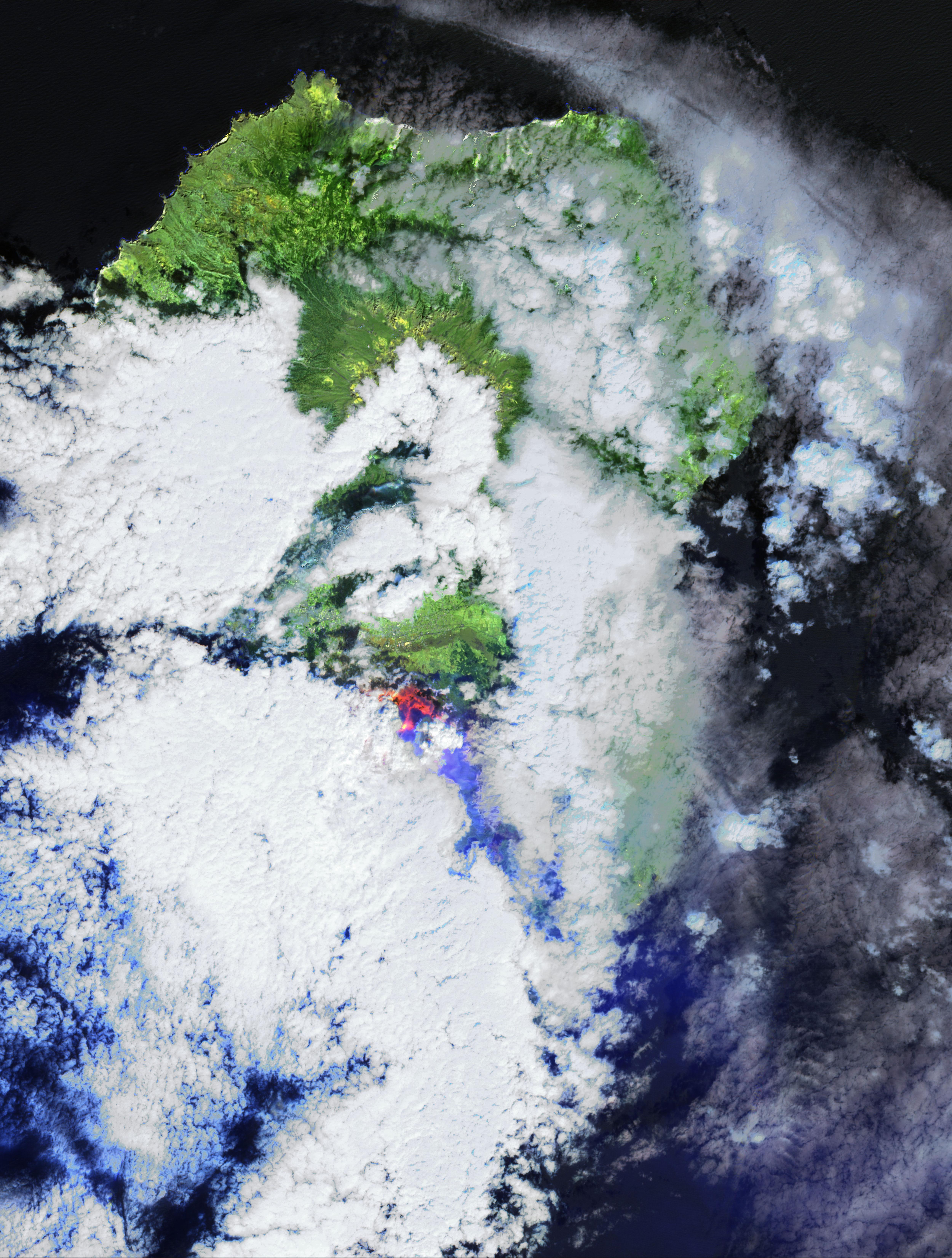 Coladas de lava del volcán de las Islas Canarias en La Palma